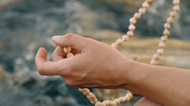 Meditation on the beads video