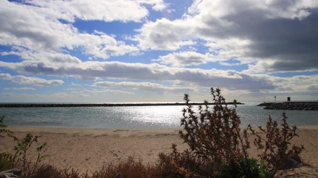 vídeos de stock e filmes b-roll de mediterranean beach in herault,france - transatlântico