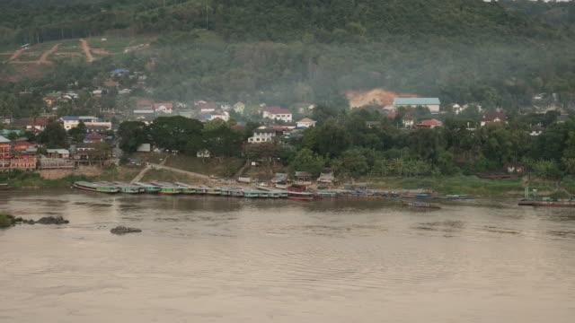 mekongfloden - turistbåt bildbanksvideor och videomaterial från bakom kulisserna