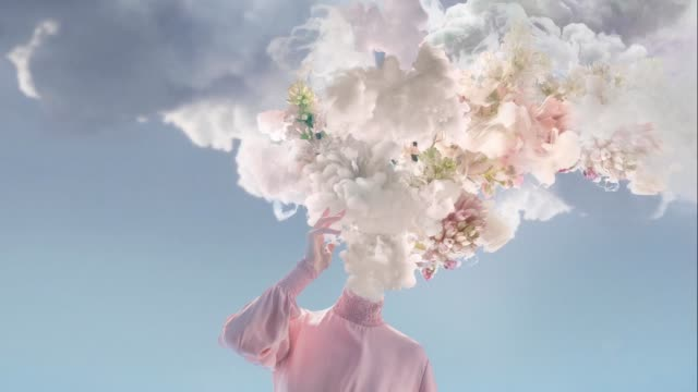 melted women - сюрреалистический стоковые видео и кадры b-roll