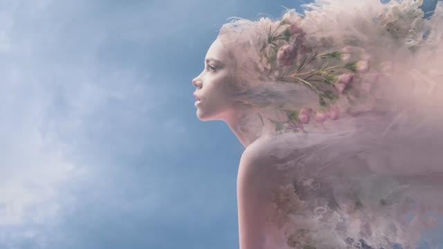 melting women - сюрреалистический стоковые видео и кадры b-roll