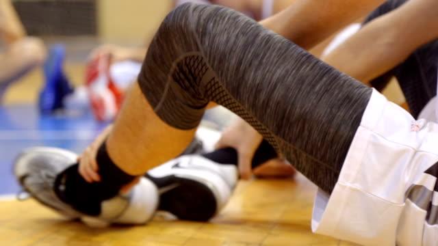Men basketball stretching video