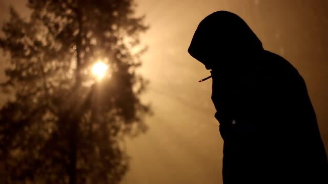 Hombres en la niebla - vídeo