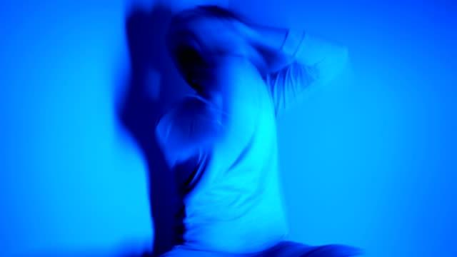 stockvideo's en b-roll-footage met mentale problemen - chaos