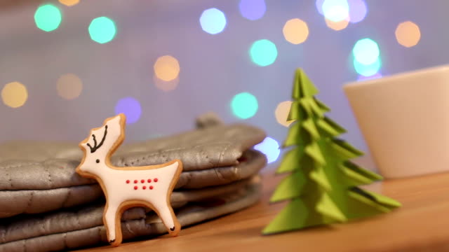 merry christmas and happy new year украшения - new year стоковые видео и кадры b-roll