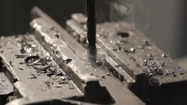 Metall Bohrer – Video