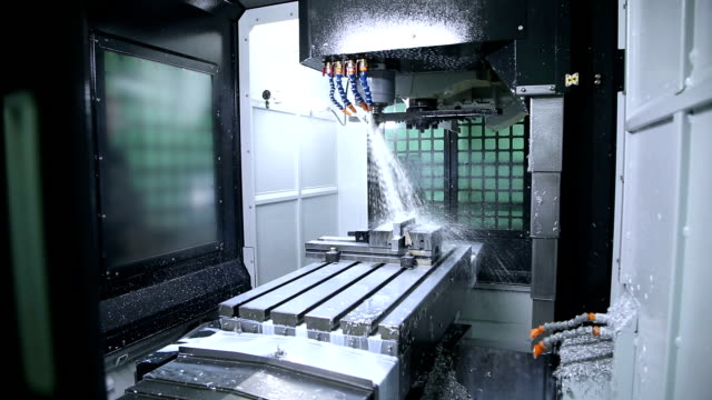 Metal processing on CNC with a hydraulic system video