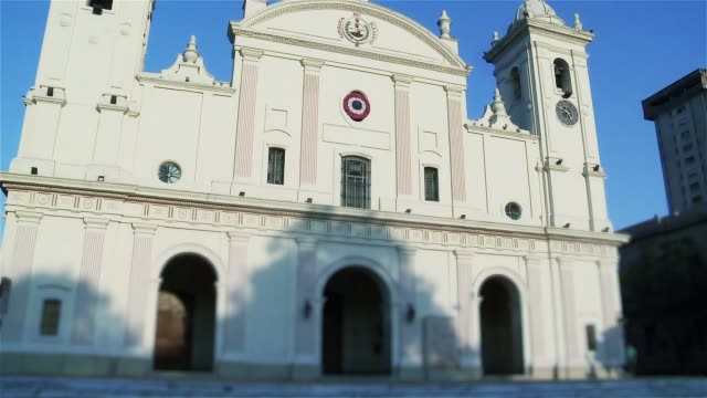 metropolitan cathedral in asuncion, paraguay. - парагвай стоковые видео и кадры b-roll