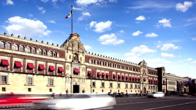 mexico city, palacio nacional - cumhuriyet günü stok videoları ve detay görüntü çekimi