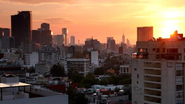 mexico city skyline cityscape - город мехико стоковые видео и кадры b-roll