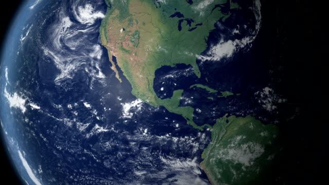 mexiko poppt nach erde zoom (mit alpha-matte) - kartographie stock-videos und b-roll-filmmaterial