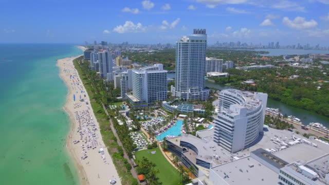 miami beach florida aerial footage - località turistica video stock e b–roll
