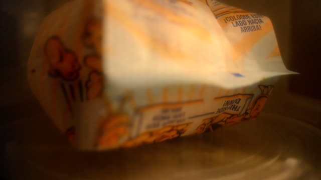 microwave popcorn preparation