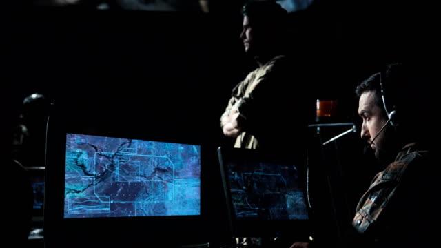 軍隊のミサイルを発射 - 軍事点の映像素材/bロール