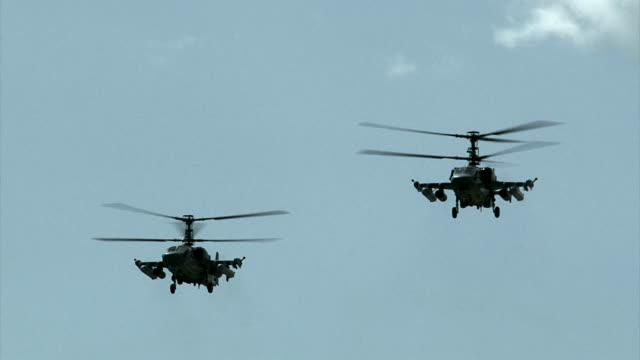 Bидео military helicopters in the sky