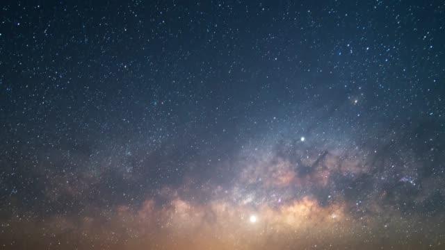 vidéos et rushes de voie lactée - ciel etoile
