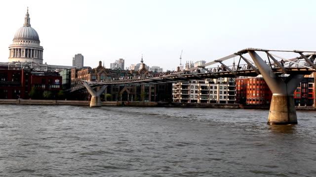 Millenium Bridge video