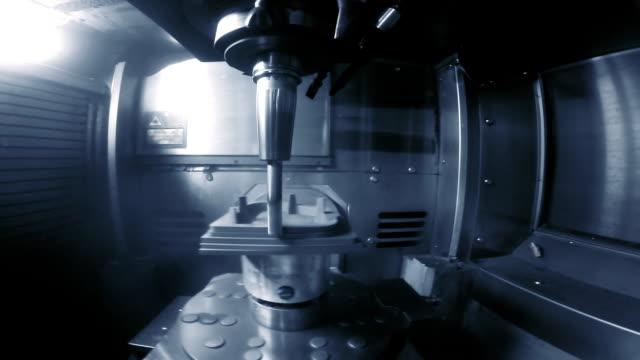 cu cnc milling process - cnc maskin bildbanksvideor och videomaterial från bakom kulisserna