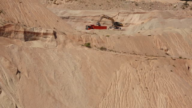 mining open pit video