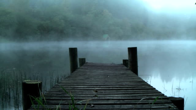 stockvideo's en b-roll-footage met misty dawn at loch ard, the trossachs, scotland. - pier