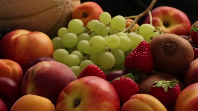 mixed fruit and vegetables carriage - video