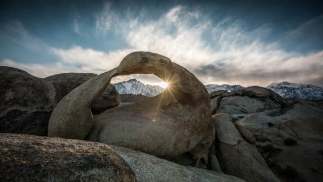 TIME LAPSE: Mobius Arch at Alabama Hills video