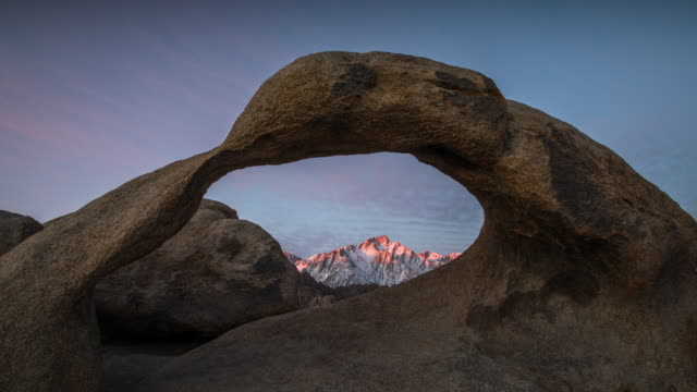 stockvideo's en b-roll-footage met time-lapse: mobius arch zonsopgang - boog architectonisch element