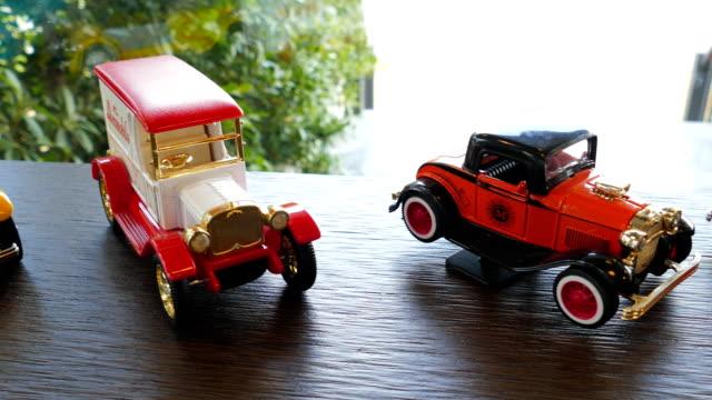model antique auto - sammlung stock-videos und b-roll-filmmaterial