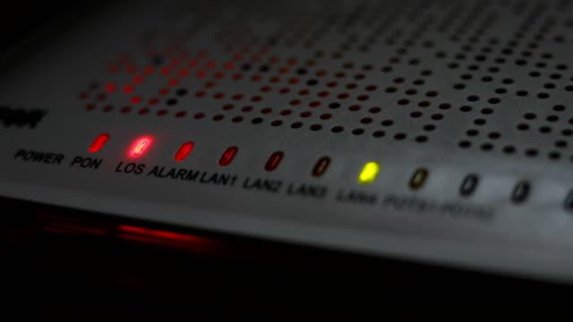 modem router equipment internet connection lost from server, red light blink warning wireless lan error video