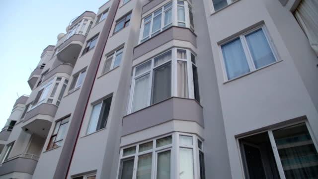 Modern apartment establishing shot at sunset video