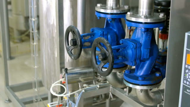 modern complex technological industrial water purification equipment - acquedotto video stock e b–roll