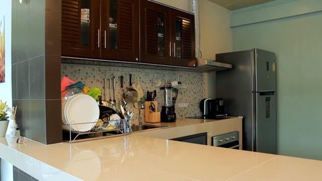 modern contemporary kitchen - marble bildbanksvideor och videomaterial från bakom kulisserna