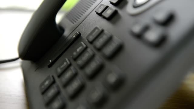 stockvideo's en b-roll-footage met modern telephone full hd - ongerustheid