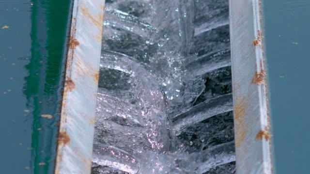 moderne kommunale kläranlage, kläranlage. - wassersparen stock-videos und b-roll-filmmaterial