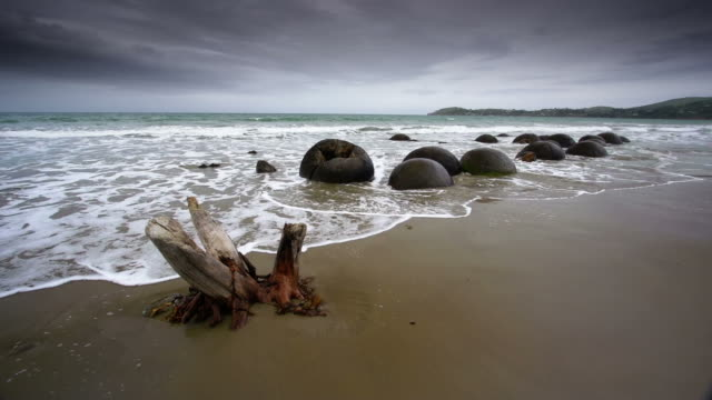 Moeraki Boulders New Zealand video