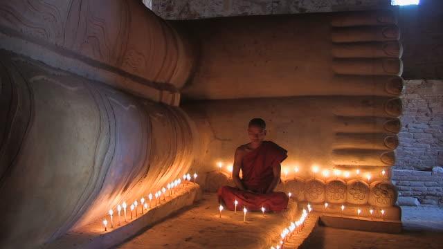 monk - liegender_buddha3 - 亞太地區 個影片檔及 b 捲影像