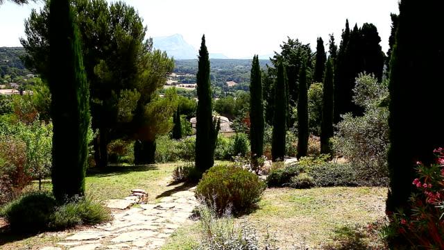 vidéos et rushes de montagne sainte-victoire - aix en provence