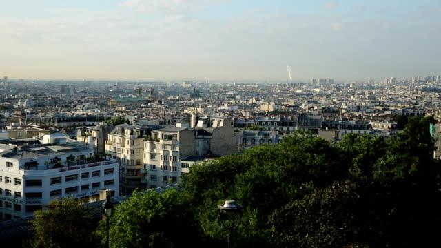 montmartre paris skyline - montmatre utsikt bildbanksvideor och videomaterial från bakom kulisserna