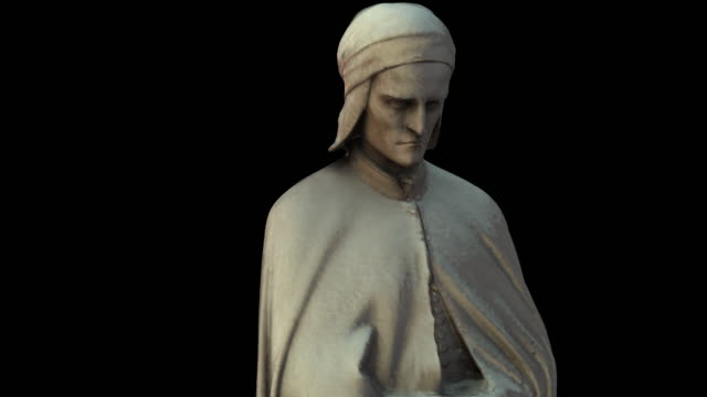 monument of dante alighieri -  from the bottom to the top - dante alighieri video stock e b–roll
