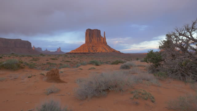 Monument Valley seen at sunset