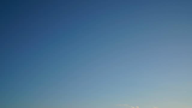 (time lapse)moon, venus and jupiter at dusk - venus filmów i materiałów b-roll