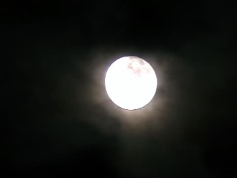 moon  - weltraum und astronomie stock-videos und b-roll-filmmaterial