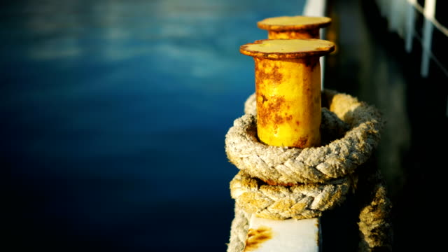 Mooring rope on the dock