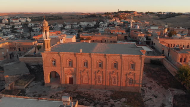 Mor Sarbel Syriac Orthodox Church, Midyat, Mardin, Turkey Midyat is a town in Mardin Province of Turkey. The ancient city is the center of a centuries-old Hurrian/Hurrian town in Southeast-Turkey, mardin stock videos & royalty-free footage
