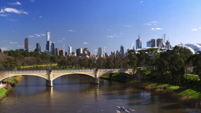 モレル橋、ヤラ川、メルボルン、ビクトリア、オーストラリア - オーストラリア メルボルン点の映像素材/bロール