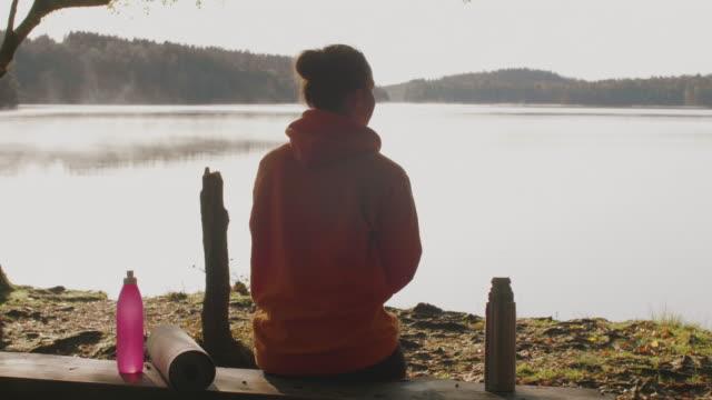 morgonkaffe utomhus - swedish nature bildbanksvideor och videomaterial från bakom kulisserna
