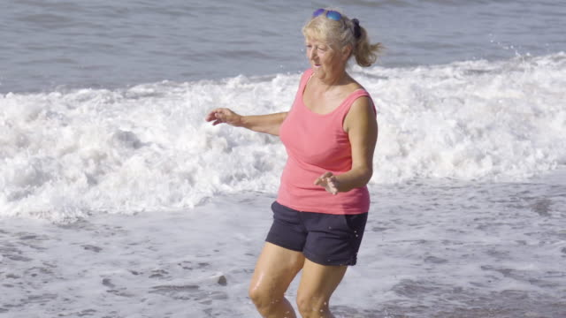 Morning exercising on the beach video