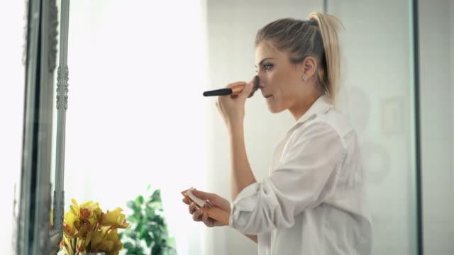 Morning makeup video