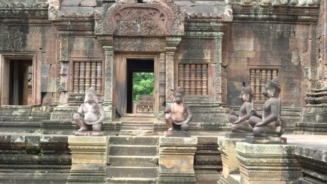 morning shot of the ruins of banteay srei temple in angkor