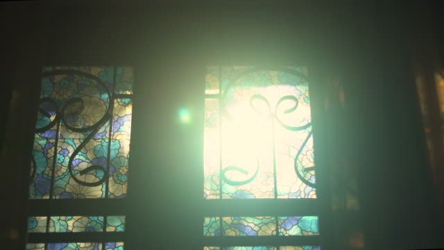 morgon solljus från fönster - ljus belysning bildbanksvideor och videomaterial från bakom kulisserna